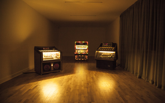 Yuri Suzuki Jukebox (2013) installation view. Courtesy the artist
